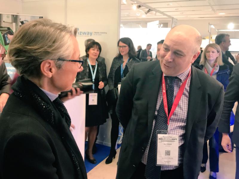 Visite du Salon des Rencontres de la Mobilité intelligente avec la Ministre des Transports