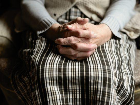 PACS : je pose une question écrite sur les pensions de réversion en cas de décès