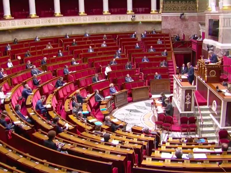 L'Assemblée nationale approuve le plan de déconfinement du gouvernement